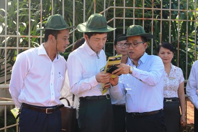 Đại sứ Hàn Quốc và doanh nghiệp tìm hiểu văn hóa, khảo sát mô hình kinh tế tại tỉnh