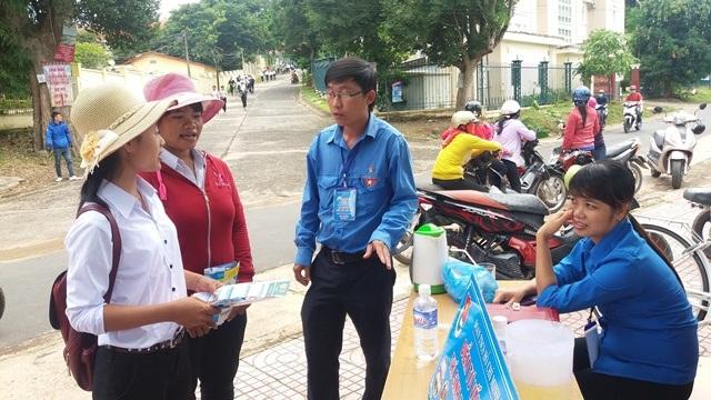 Huyện Lắk ra quân Chương trình Tiếp sức mùa thi năm 2017