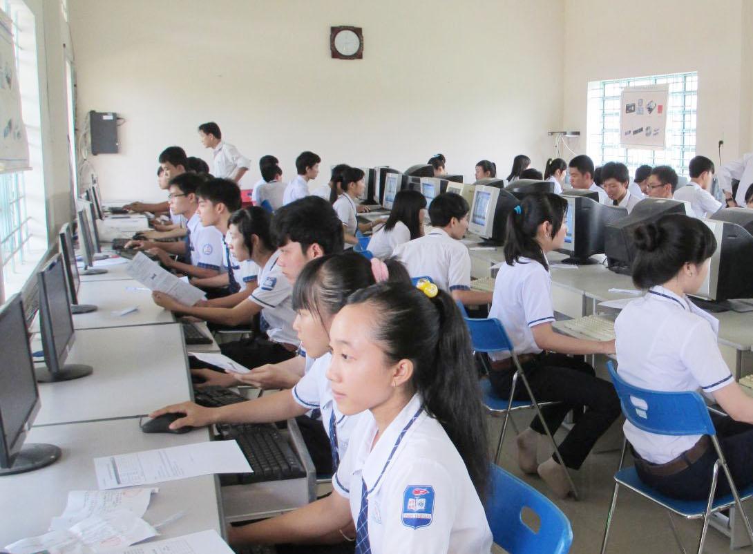 Xây dựng kế hoạch phát triển giáo dục và đào tạo địa phương năm 2018.