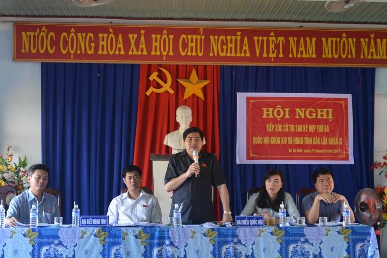 Đoàn Đại biểu Quốc hội tỉnh, HĐND tỉnh tiếp xúc cử tri tại xã Ya Tờ Mốt, huyện Ea Súp.