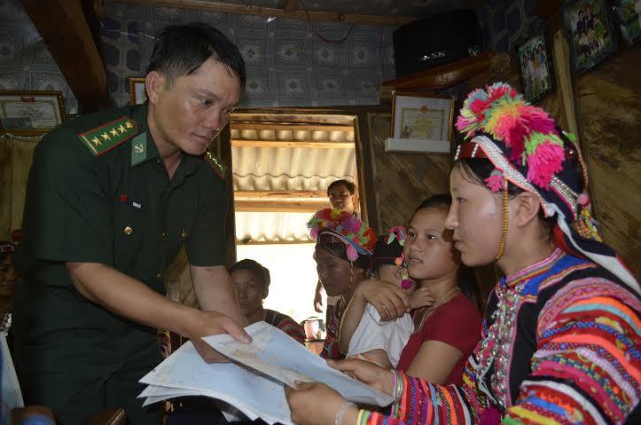 Tăng cường phổ biến, giáo dục pháp luật cho cán bộ, Nhân dân vùng biên giới