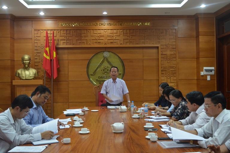 Ban Pháp chế HĐND tỉnh thẩm tra báo cáo 6 tháng đầu năm của các cơ quan thuộc ngành tư pháp tỉnh.