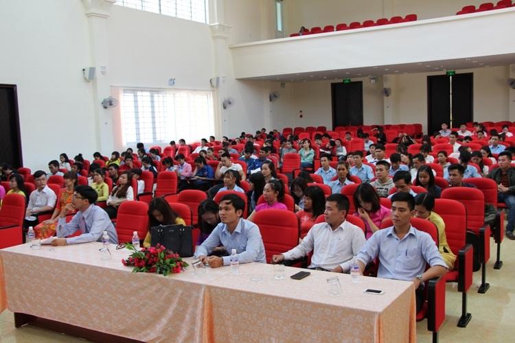 Trường Trung cấp Luật Buôn Ma Thuột tổ chức Lễ tổng kết năm học 2016-2017