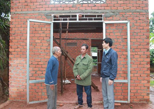 Triển khai thực hiện Chương trình phát triển nhà ở cho các hộ nghèo