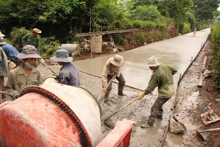 Bố trí vốn đối ứng các Tiểu dự án Phát triển cơ sở hạ tầng nông thôn phục vụ sản xuất cho các tỉnh Tây Nguyên