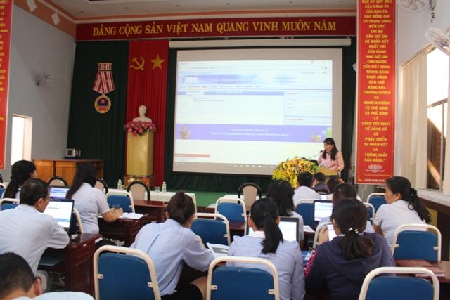 Liên đoàn Lao động tỉnh tập huấn phần mềm VNPT OMS