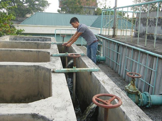 Quyết định về bàn giao công trình nước sinh hoạt tập trung xã Vụ Bổn huyện Krông Pắc