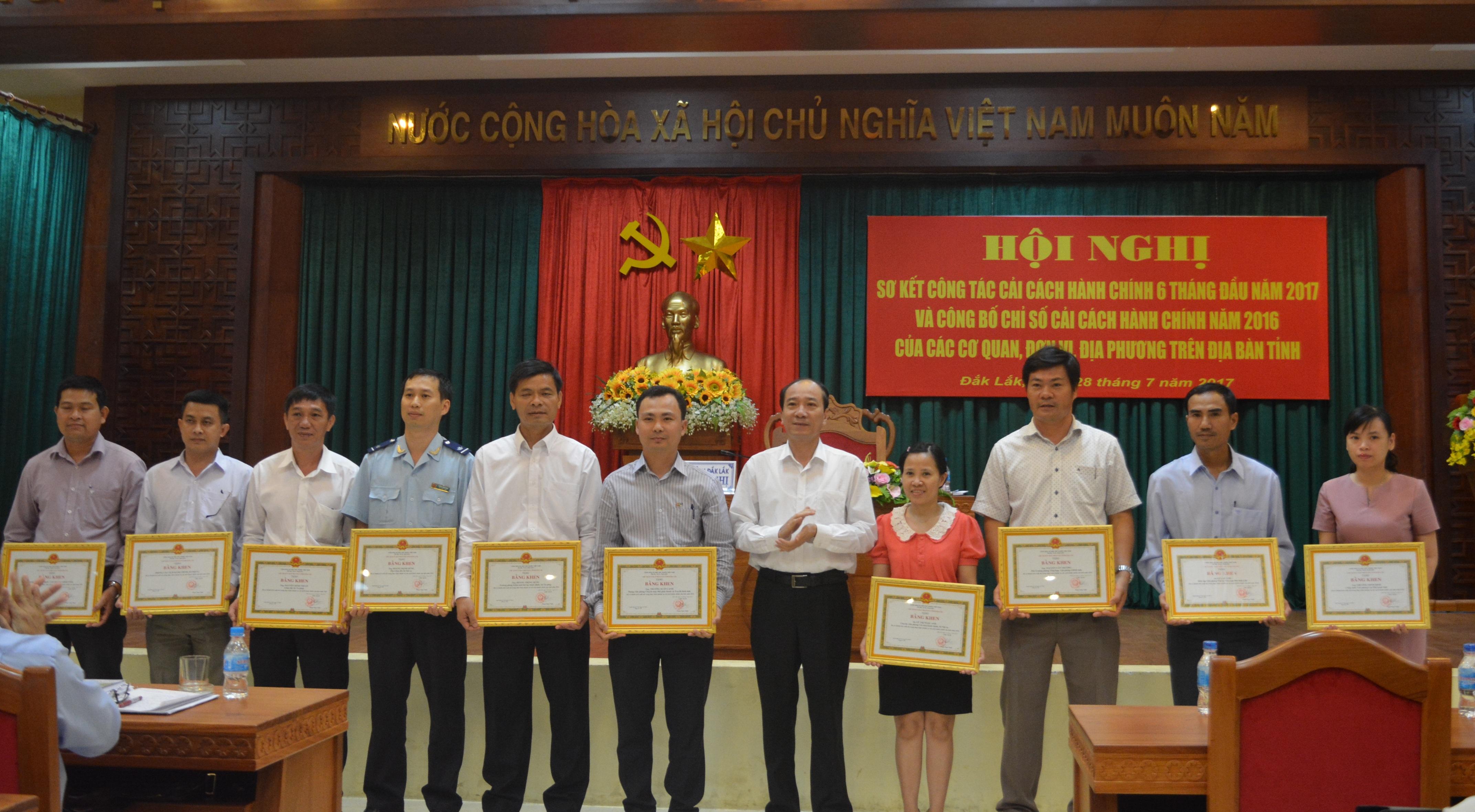 Đắk Lắk công bố chỉ số cải cách hành chính năm 2016