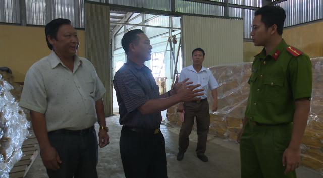 Kiểm tra an toàn PCCC tại các cơ sở huyện Ea H'leo