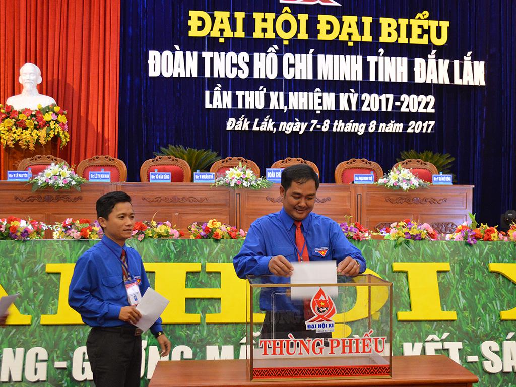 45 đồng chí trúng cử Ban chấp hành Đoàn TNCS Hồ Chí Minh tỉnh Đắk Lắk nhiệm kỳ 2017 – 2022