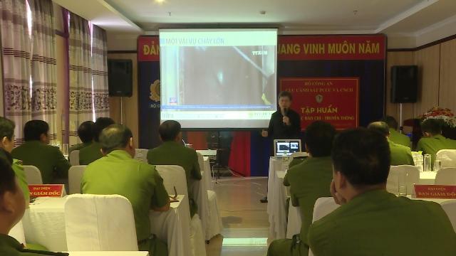 Tập huấn công tác báo chí truyền thông cho lực lượng Cảnh sát PCCC