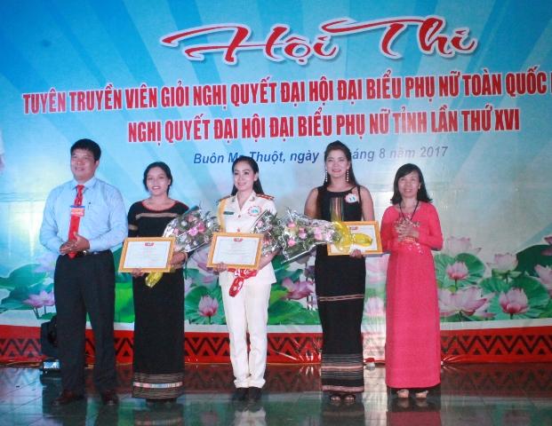 Hội Phụ nữ Bộ Chỉ huy quân sự tỉnh giành giải Nhất Hội thi Tuyên truyền viên giỏi