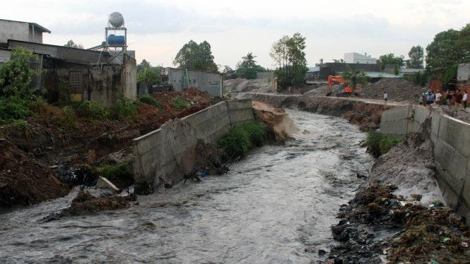 Điều chỉnh Quyết định đầu tư dự án Kè chống sạt lở bờ tả suối Krông Kmar, huyện Krông Bông.