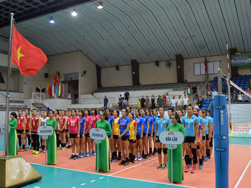 Khai mạc Giải bóng chuyền nữ tỉnh Đắk Lắk mở rộng năm 2017