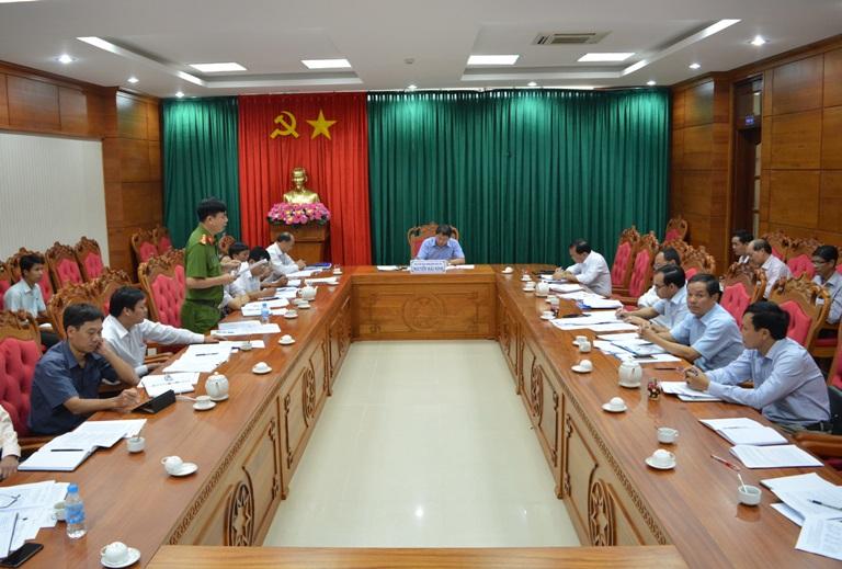 Thông báo của lãnh đạo tỉnh về chỉ đạo đôn đốc thu thuế và chống thất thu ngân sách Nhà nước