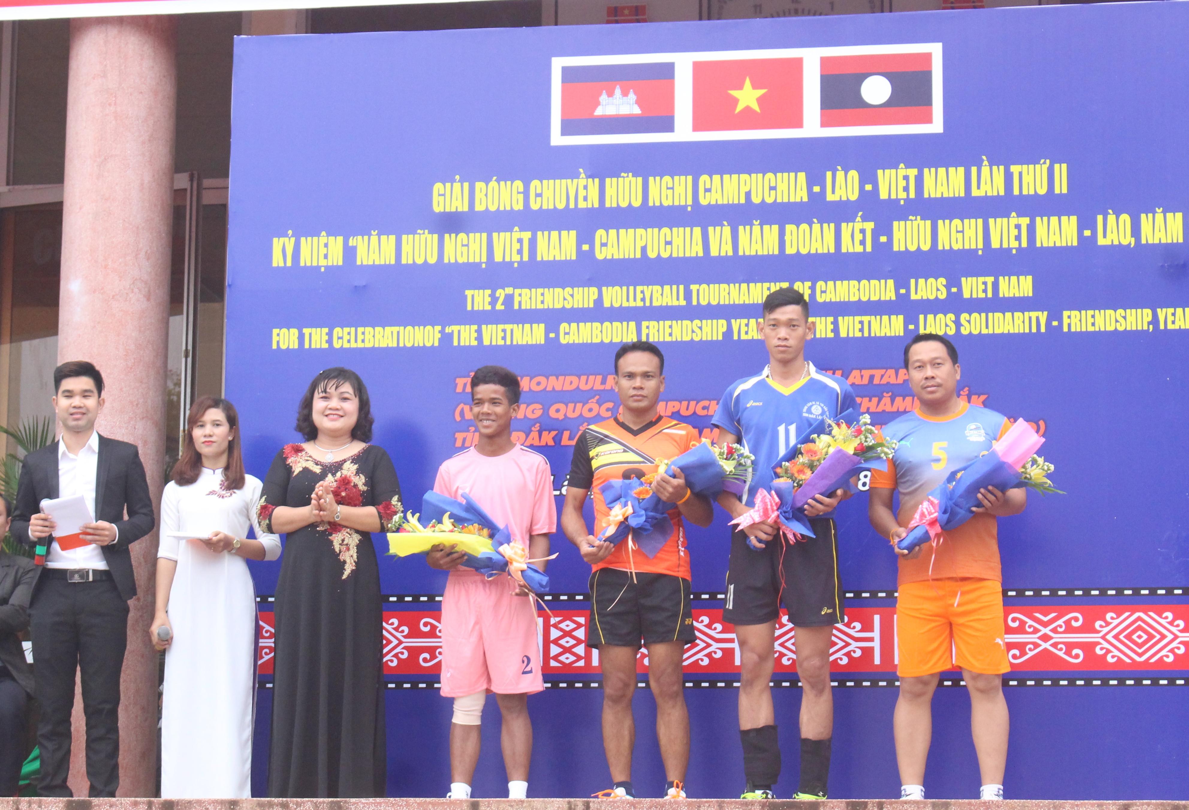 Khai mạc Giải bóng chuyền hữu nghị Campuchia – Lào – Việt Nam lần thứ II năm 2017