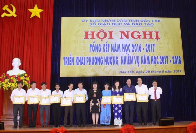Hội nghị tổng kết năm học 2016-2017 và triển khai phương hướng, nhiệm vụ năm học 2017-2018
