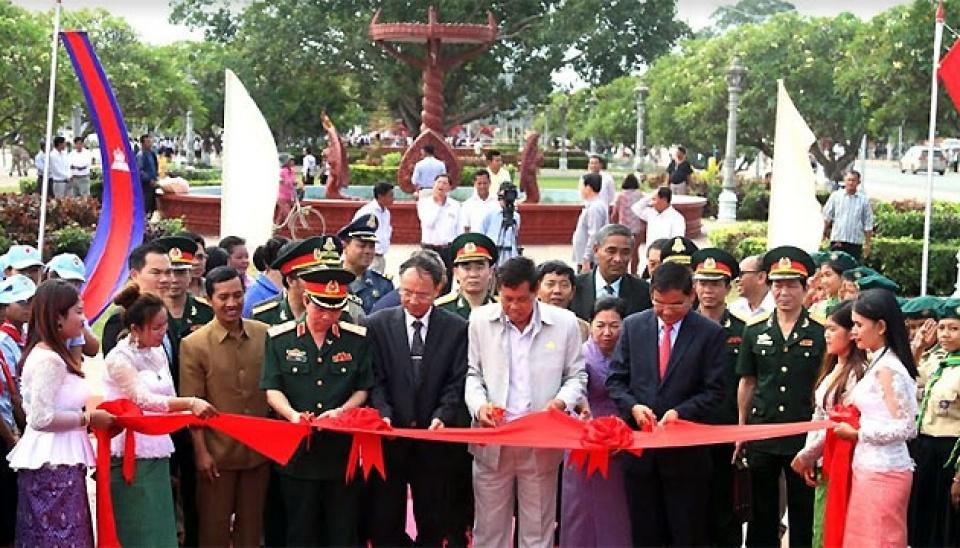 Bộ Ngoại giao thành lập Nhóm công tác hỗn hợp về cửa khẩu biên giới đất liền Việt Nam – Campuchia