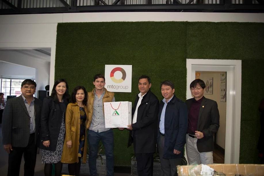 Đoàn công tác của tỉnh Đắk Lắk làm việc với nhà nhập khẩu cà phê MTC Group