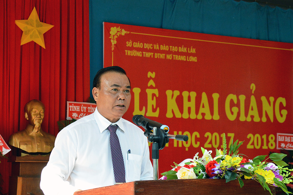Trường PTTH Dân tộc Nội trú Nơ Trang Lơng khai giảng năm học mới