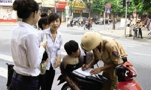 Xây dựng Báo cáo theo dõi tình hình thi hành pháp luật.