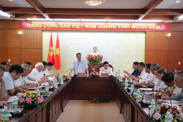Tỉnh ủy làm việc với Đoàn cán bộ Hội đồng lý luận Trung ương