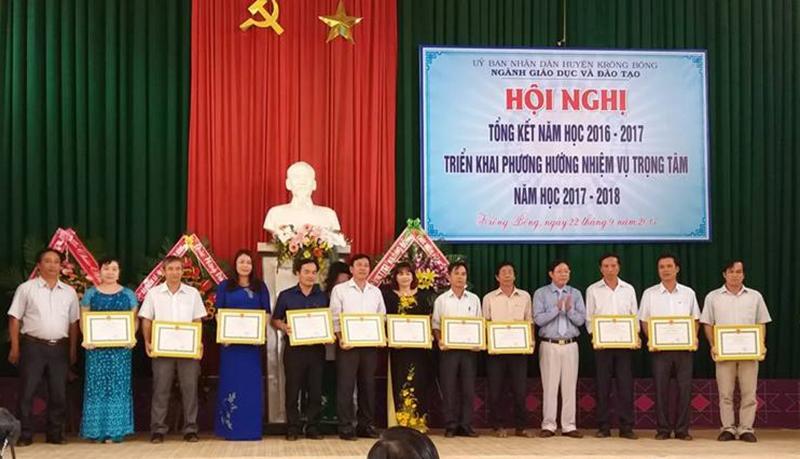 Phòng Giáo dục - Đào tạo Krông Bông tổ chức Hội nghị tổng kết năm học 2016-2017