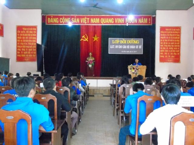 Khai giảng lớp bồi dưỡng Chính trị - Nghiệp vụ công tác Đoàn