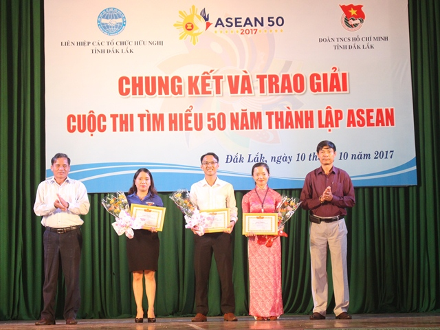 Chung kết và trao giải Cuộc thi tìm hiểu 50 năm thành lập ASEAN