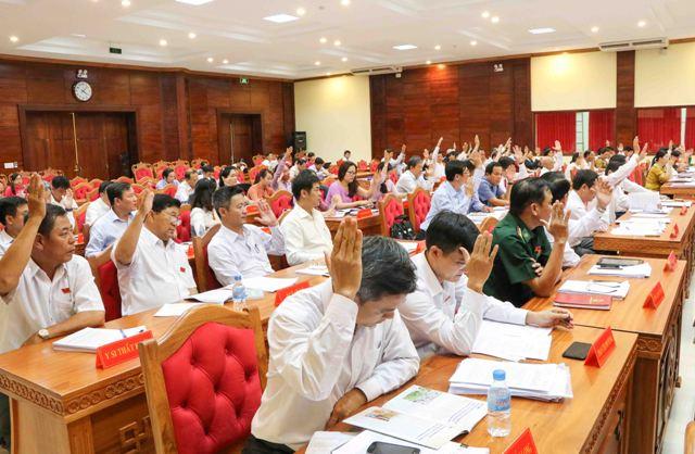 Kỳ họp bất thường HĐND tỉnh khóa IX thông qua 10 nghị quyết quan trọng