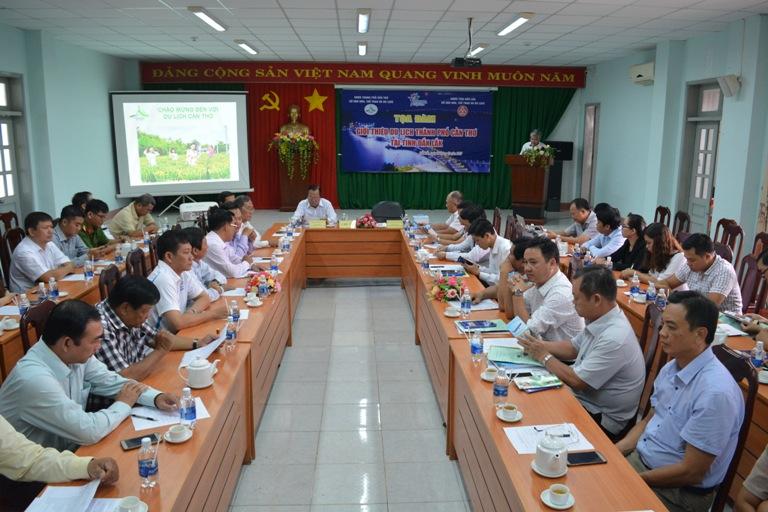 Tọa đàm giới thiệu du lịch Cần Thơ tại Đắk Lắk.