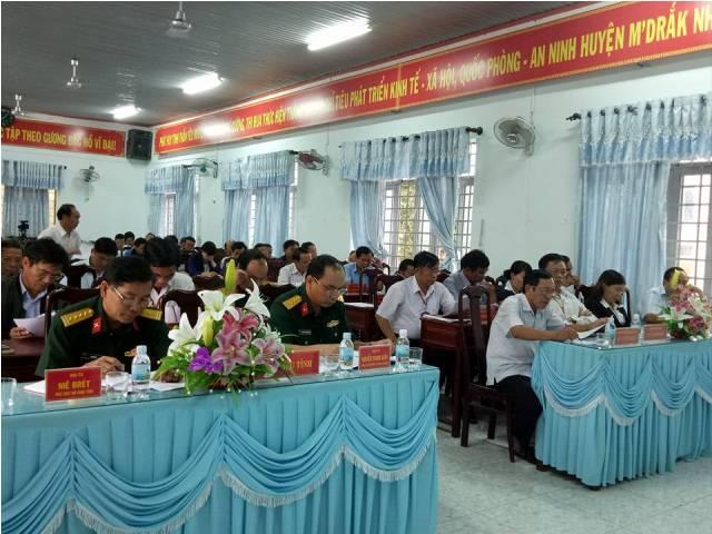 Tổ chức Hội nghị rút kinh nghiệm 05 năm thực hiện công tác xây dựng Đảng trong lực lượng vũ trang huyện, giai đoạn 2011-2016