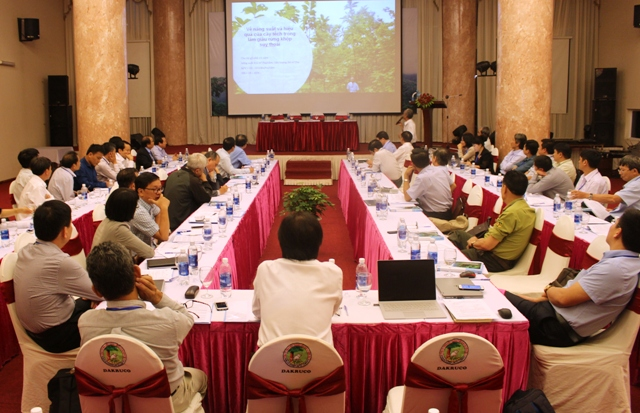 Hội thảo giải pháp bảo vệ, phát triển và sử dụng bền vững rừng tự nhiên trong bối cảnh đóng của rừng tại Việt Nam