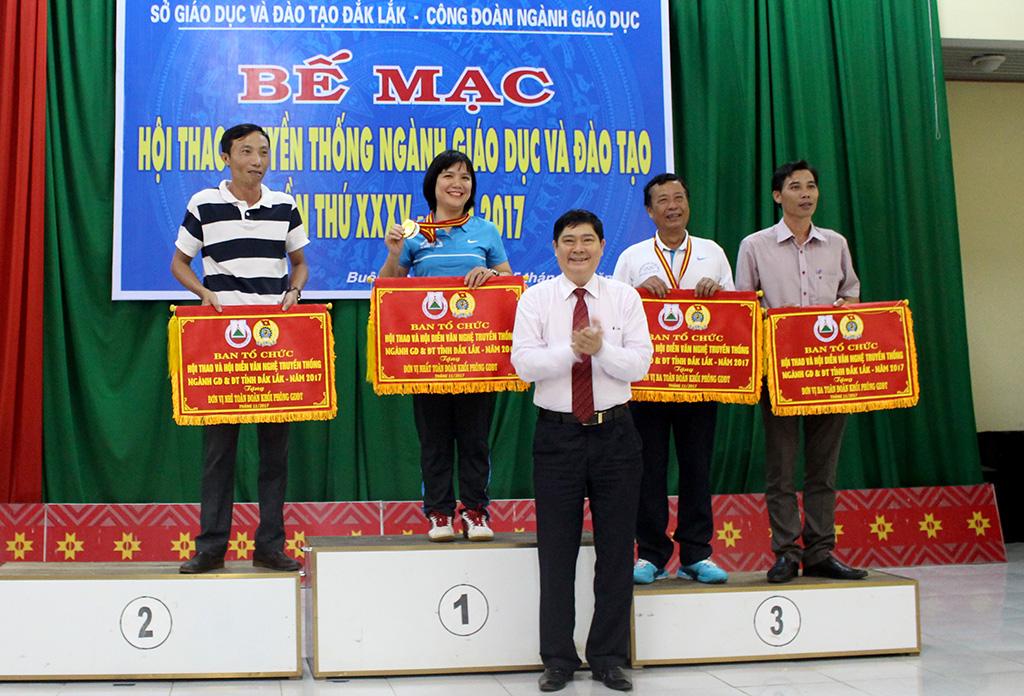 Bế mạc Hội thao truyền thống ngành Giáo dục và Đào tạo Đắk Lắk lần thứ 35