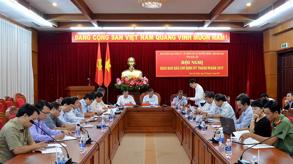 Hội nghị giao ban báo chí định kỳ tháng 10
