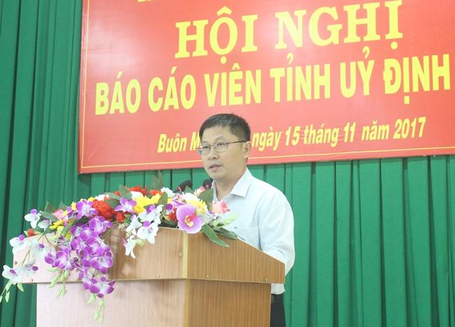 Hội nghị báo cáo viên Tỉnh ủy tháng 11/2017