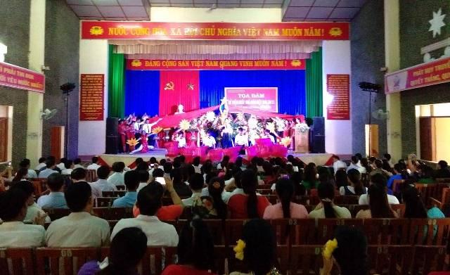 Tọa đàm kỷ niệm 35 năm Ngày nhà giáo Việt Nam 20/11