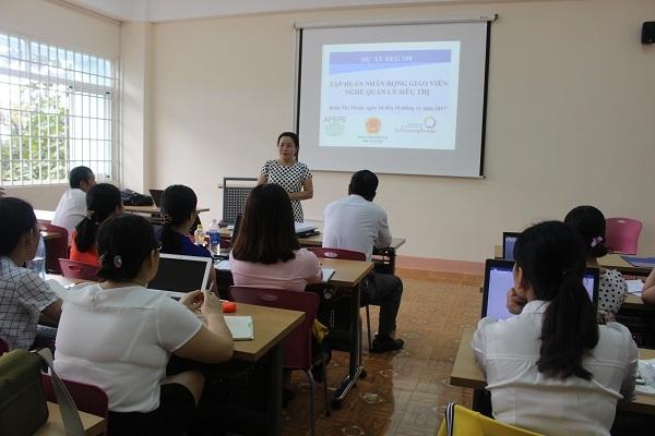 Trường CĐN Thanh niên dân tộc Tây Nguyên: Khai mạc khóa tập huấn nhân rộng giáo viên nghề Quản lý siêu thị