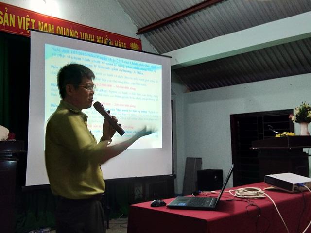 Tuyên truyền nâng cao ý thức quản lý bảo vệ rừng và chấp hành pháp luật cho nhân dân khu vực biên giới.