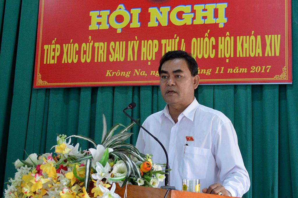 Hội nghị tiếp xúc cử tri tại xã Krông Na, huyện Buôn Đôn