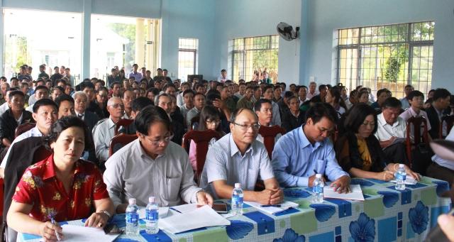Đoàn Đại biểu Quốc hội tỉnh tiếp xúc cử tri tại huyện Cư M'gar.