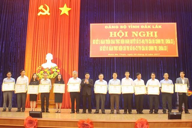 Sơ kết 5 năm thực hiện Nghị quyết số 21-NQ/TW và 01 năm thực hiện Chỉ thị số 05-CT/TW của Bộ Chính trị