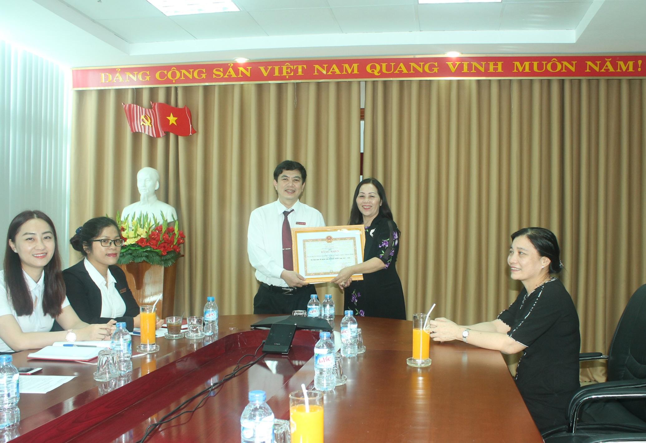 Agribank tỉnh Đắk Lắk, nhận Bằng khen của Tổng Giám đốc Bảo hiểm Xã hội Việt Nam