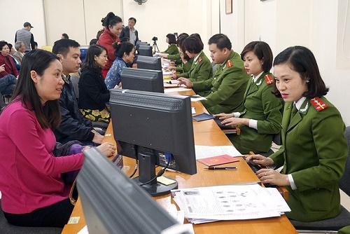 Ban hành Kế hoạch triển khai thực hiện Đề án tổng thể đơn giản hóa thủ tục hành chính, giấy tờ công dân và các cơ sở dữ liệu liên quan đến quản lý dân cư giai đoạn 2017-2020 trên địa bàn tỉnh Đắk Lắk