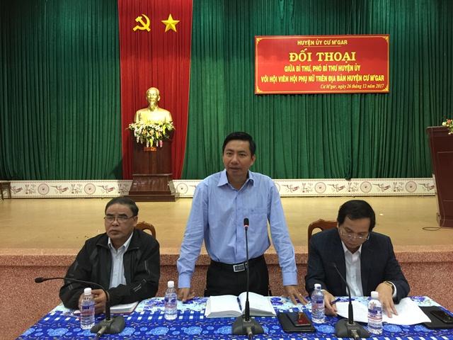 Huyện uỷ Cư M'gar tổ chức buổi đối thoại giữa đồng chí Bí thư, Phó Bí thư Huyện ủy với Hội viên phụ nữ
