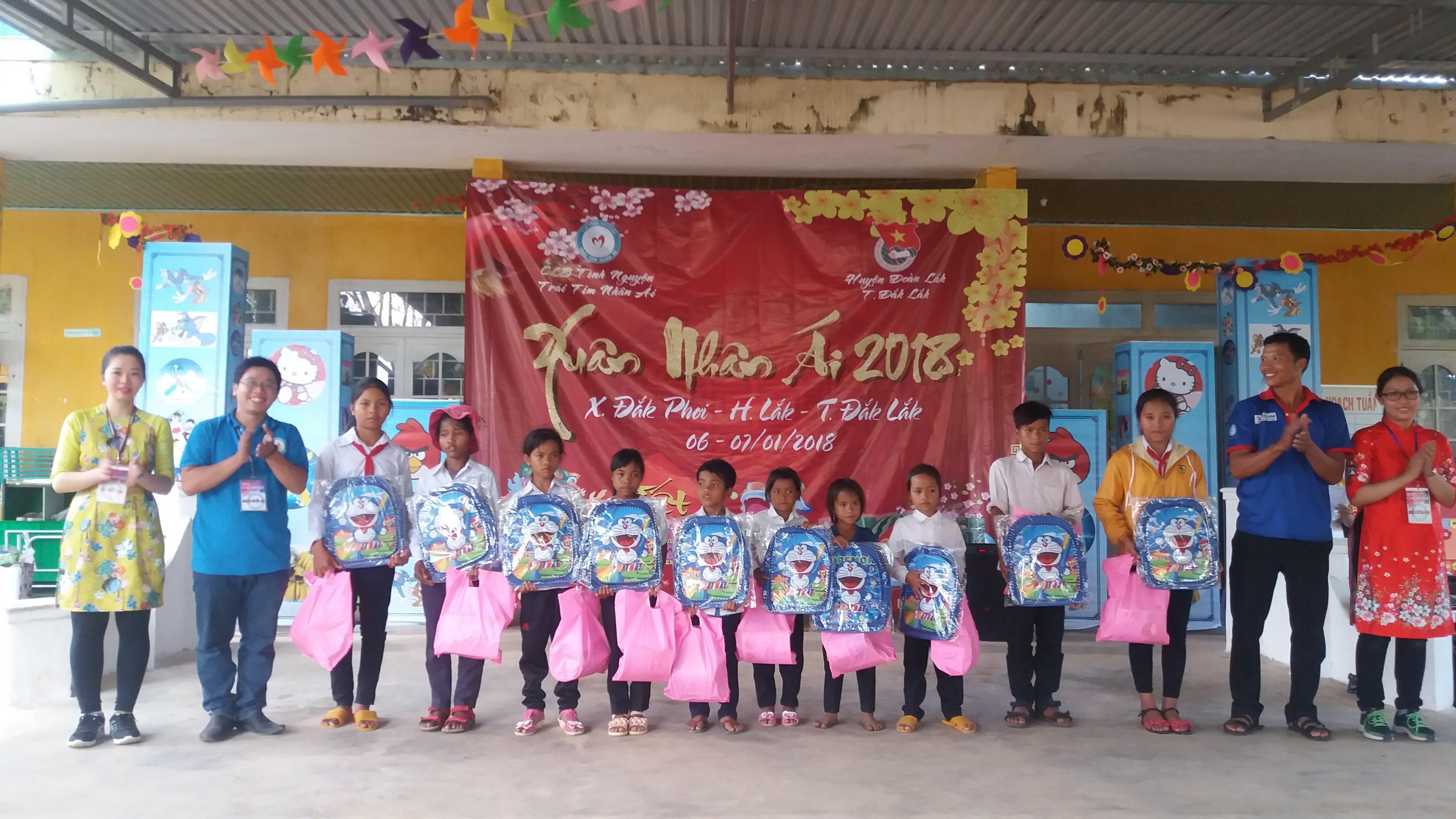 Huyện Lắk tổ chức chương trình Xuân nhân ái năm 2018