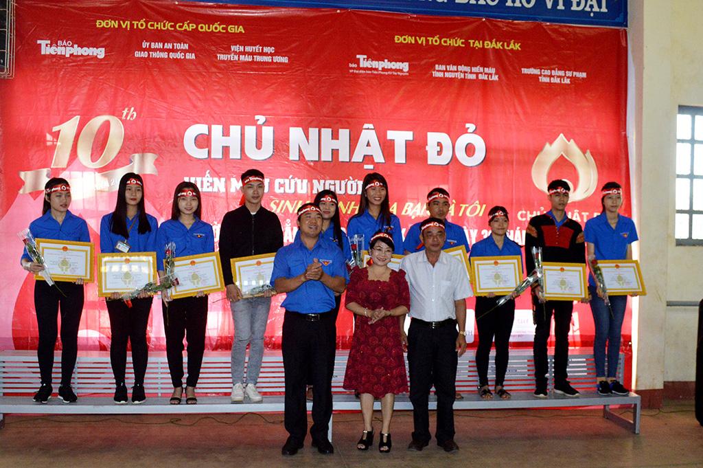 Chương trình Chủ nhật đỏ tại Đắk Lắk thu được 3.770 đơn vị máu