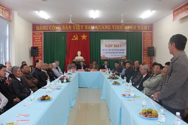 Huyện Cư Kuin tổ chức gặp mặt chức sắc, chức việc các tôn giáo nhân dịp Tết Nguyên đán Mậu Tuất 2018