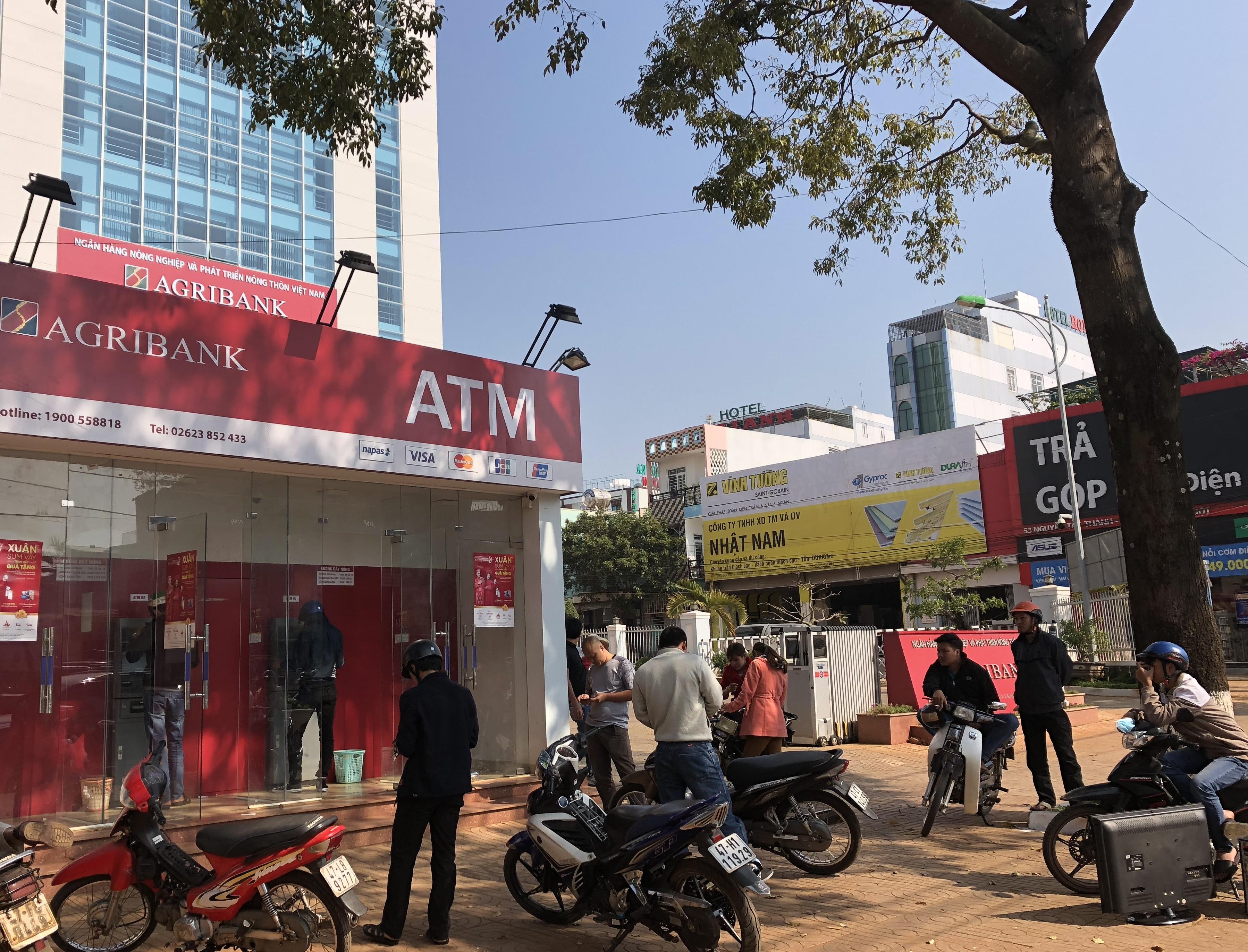Agribank Đắk Lắk: Đảm bảo chất lượng dịch vụ, an toàn hoạt động ATM trong dịp Tết Mậu Tuất 2018.
