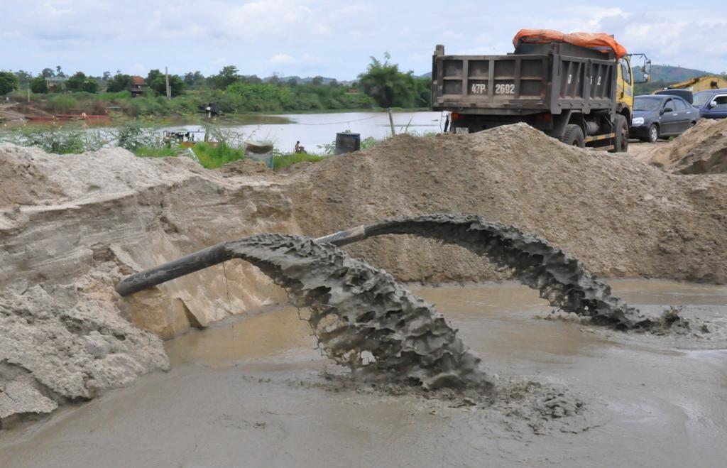 Công tác quản lý nhà nước về khoáng sản và tình hình hoạt động khoáng sản năm 2017
